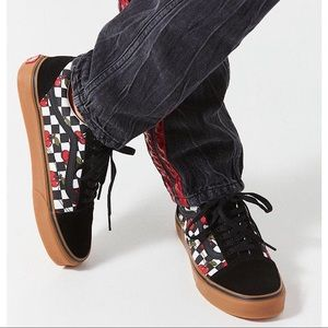 Vans Old Skool Cherry Checker Lace Up Shoes 9.5
